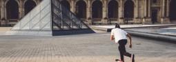 SANS ROUTINE Paris Skate Clip