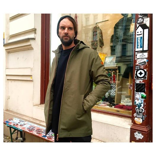 rvlt-revolution-winter-heavy-jacke-berlin-kreuzberg-streetwear-bergmann